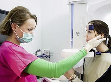 Dr Fellmann M.Sc Implantologie und Kollege